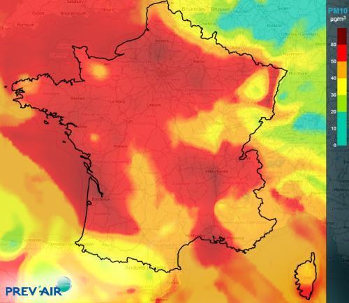 Concentration moyenne de PM10 à plus de 50 µg.m-3 le 10 décembre 2013